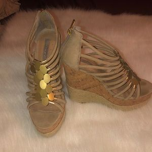 H by Halston Nude/cork/rope wedges Sz 9